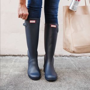 Black matte tall hunter boots